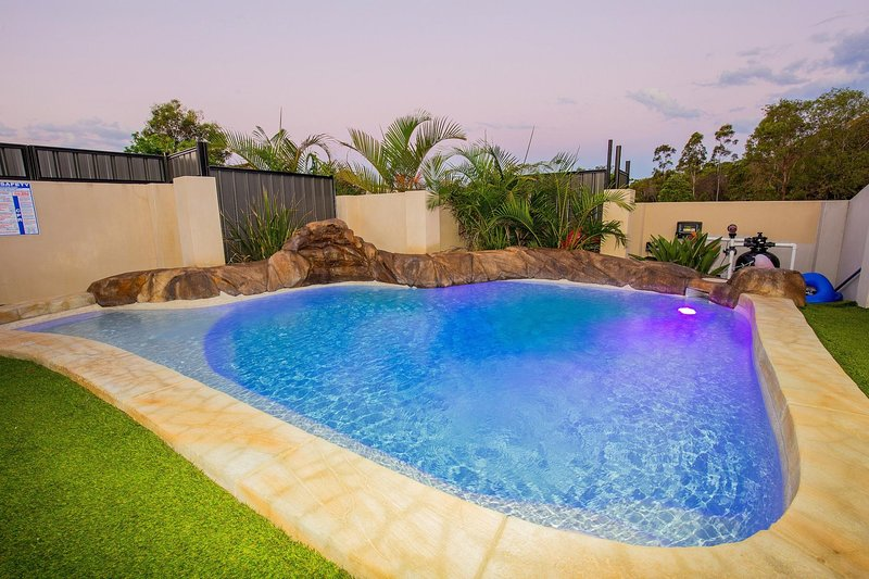 Anaheim Park Oasis by Getastay, holiday rental in Upper Coomera
