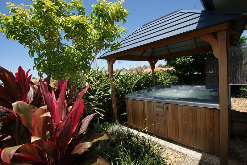Anaheim House1 South by Getastay, vacation rental in Upper Coomera