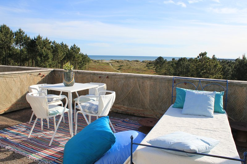 Terrace with sea view!