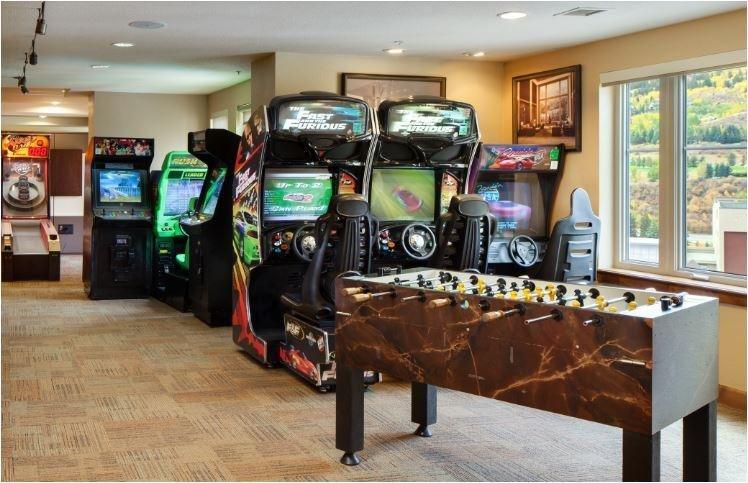 Sheraton Mountain Vista Game Room