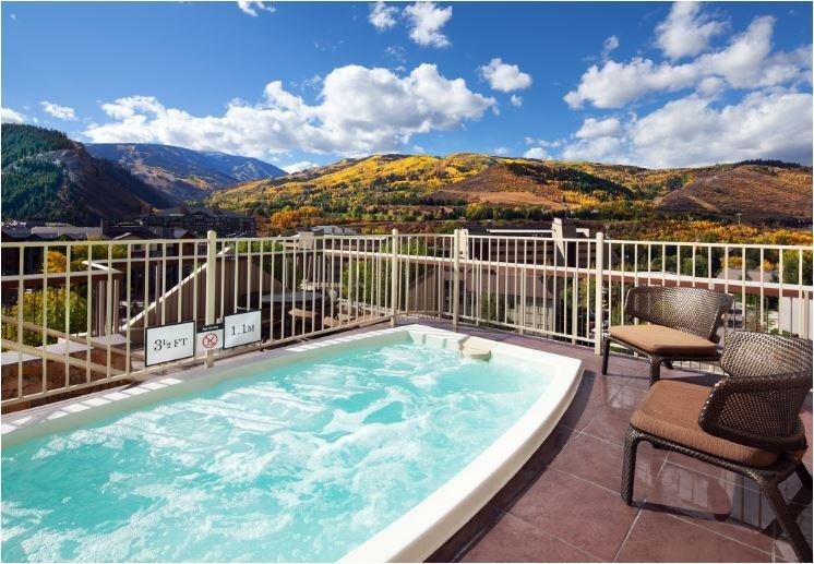 Sheraton Mountain Vista Sundeck and Outdoor Whirlpool