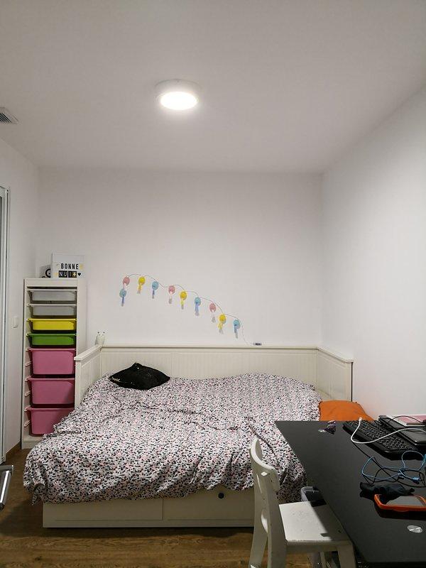 Chambre 2 : lit double 160x200 couchage neuf Ikea HEMNES