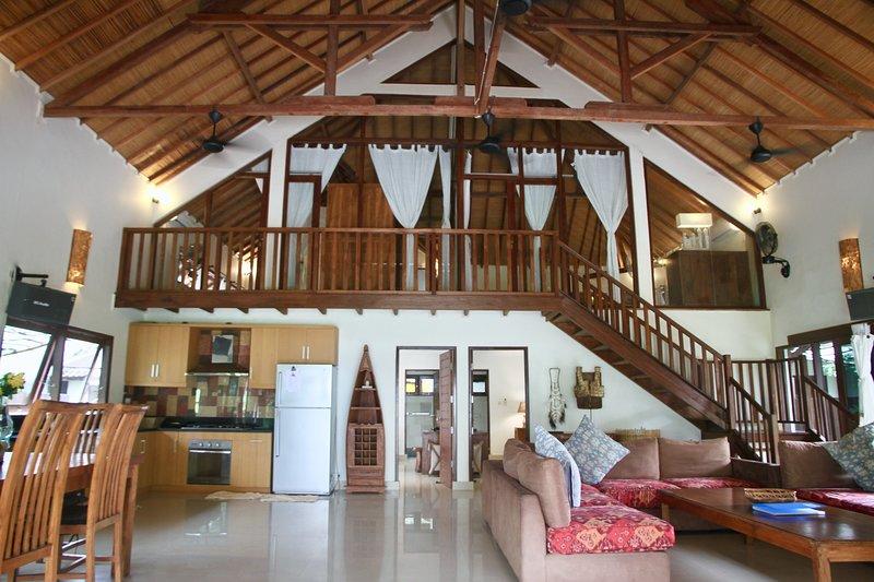 Villa Sunset Beach, vacation rental in Lombok