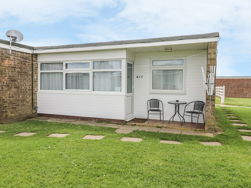 CALIFORNIA DREAMING, on holiday park, beach nearby, Ref 980270, holiday rental in Ormesby St. Margaret