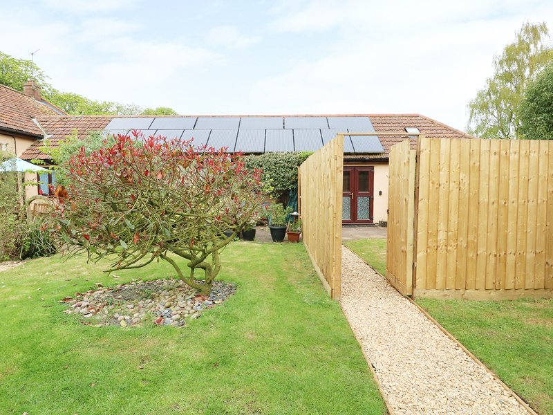 EMILY'S RETREAT AT THE GREAT BARN, exposed beams, WiFi, Litcham 3 miles, Ref, location de vacances à Ovington