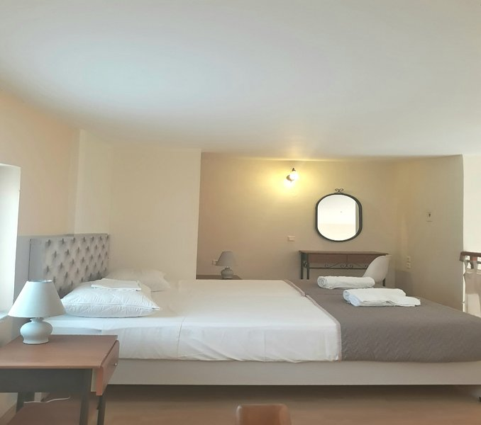 Marianna apartments apartment with attic, holiday rental in Aspro