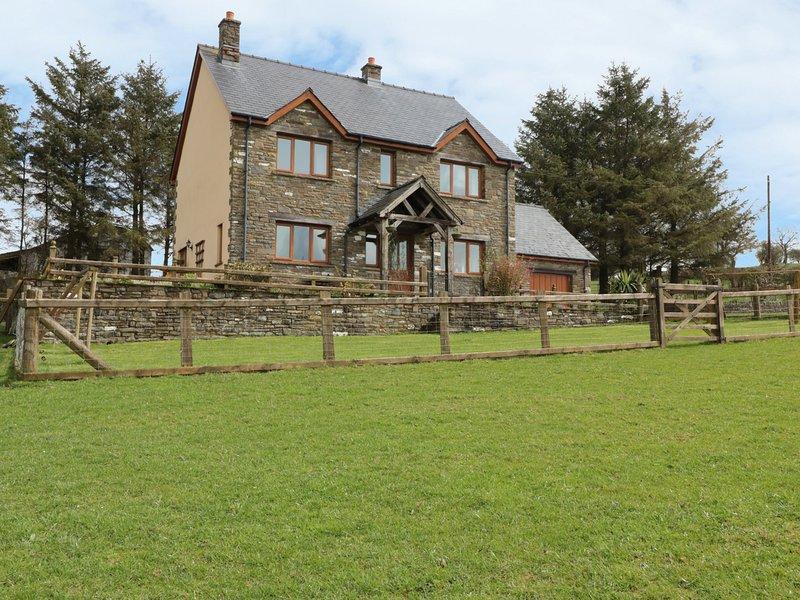 BLAEN HENLLAN, woodburner, spacious retreat, pet friendly, near Builth Wells, location de vacances à Gwenddwr