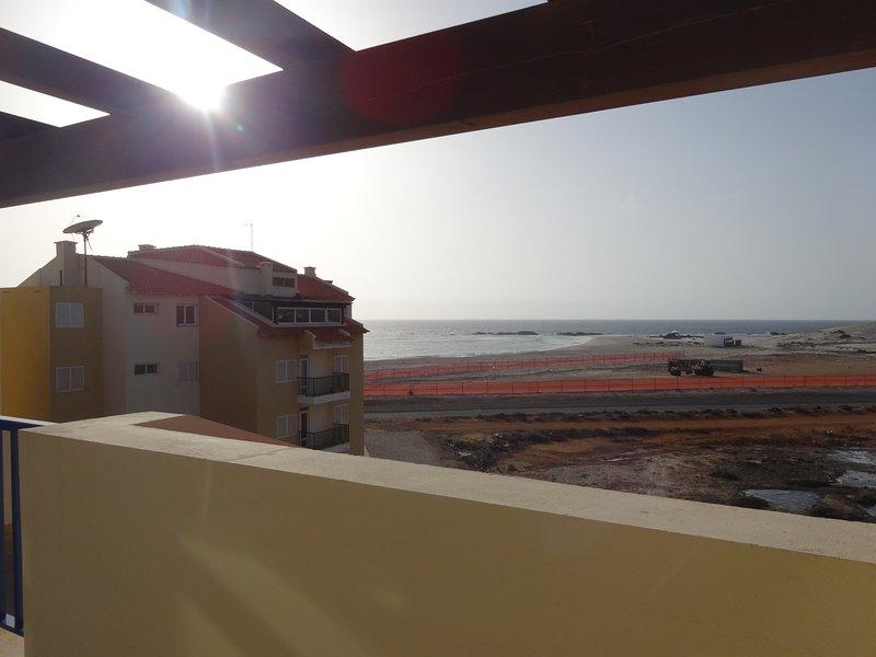 Vila Cabral 2 Penthouse Apartment, location de vacances à SAL Rei
