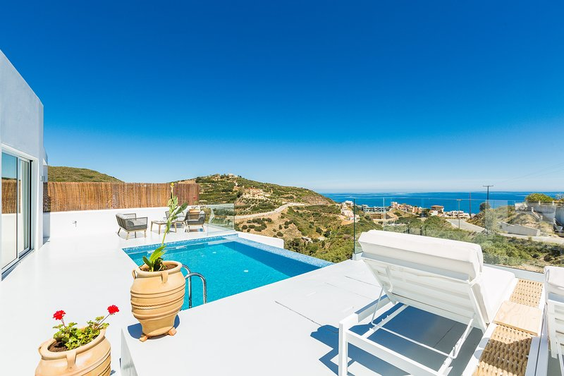 Lili Villa - Panoramic sea views, very close to the beach, totally private!, holiday rental in Crete