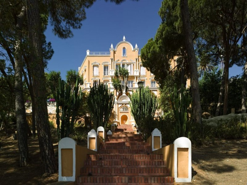 Amazing Garden and country view ad The Palacio Rosa