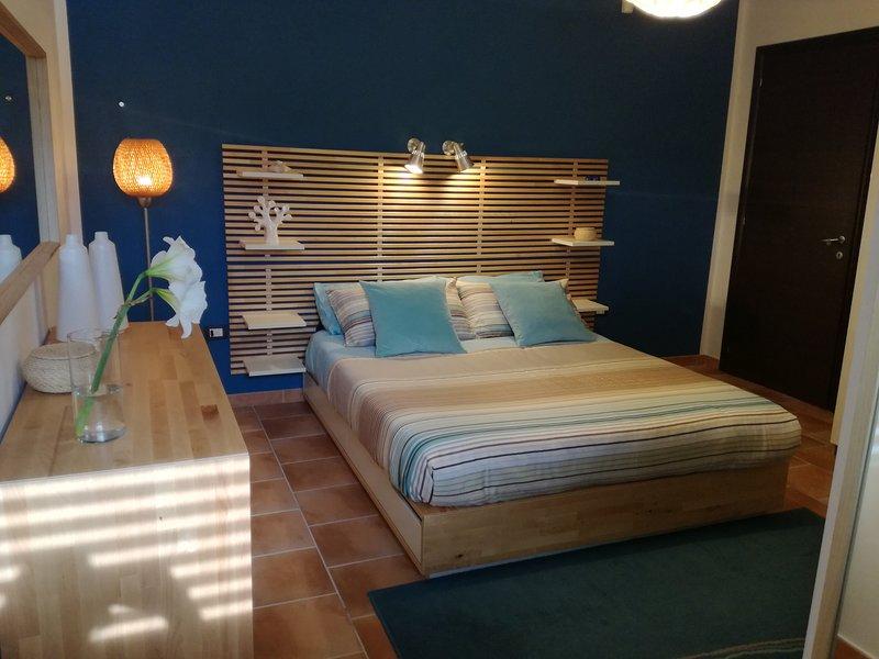 Villa Peppino - Soggiorno in Relax, Stanza privata piano terra con veranda, vakantiewoning in Montallegro