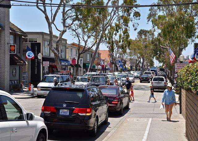 La calle principal de la isla de Balboa