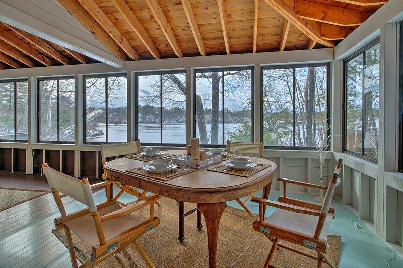 Découvrez un havre de paix en bord de mer sur le lac Ossipee à « The Wood Drake. »