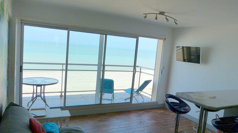 'La Capitainerie' - face à la mer vue 360 degrés,grand balcon, vacation rental in Mers-les-Bains