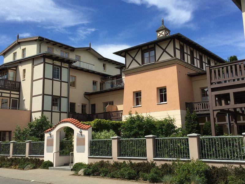 3-Zi-PENTHOUSE-Ferienwohnung mit Meerblick und Dachterrasse, holiday rental in Ostseebad Kuhlungsborn