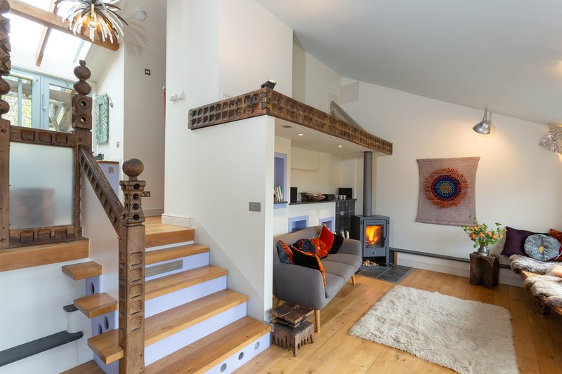 Romantic Arty Haven on Farm, Kingsbridge in Devon, vacation rental in Kingsbridge