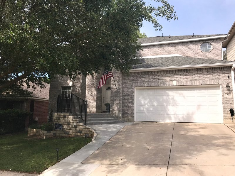 New Listing! Home Sweet Home!, vacation rental in Hollywood Park