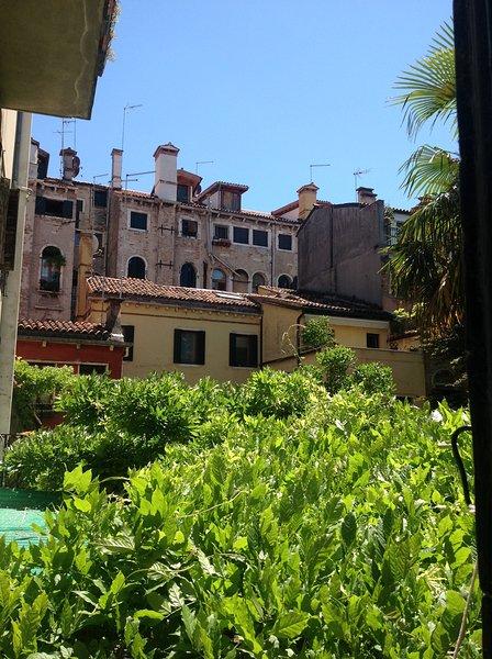 Ca' Giovanni - Charming apartment with Jacuzzi shower, alquiler de vacaciones en Venecia