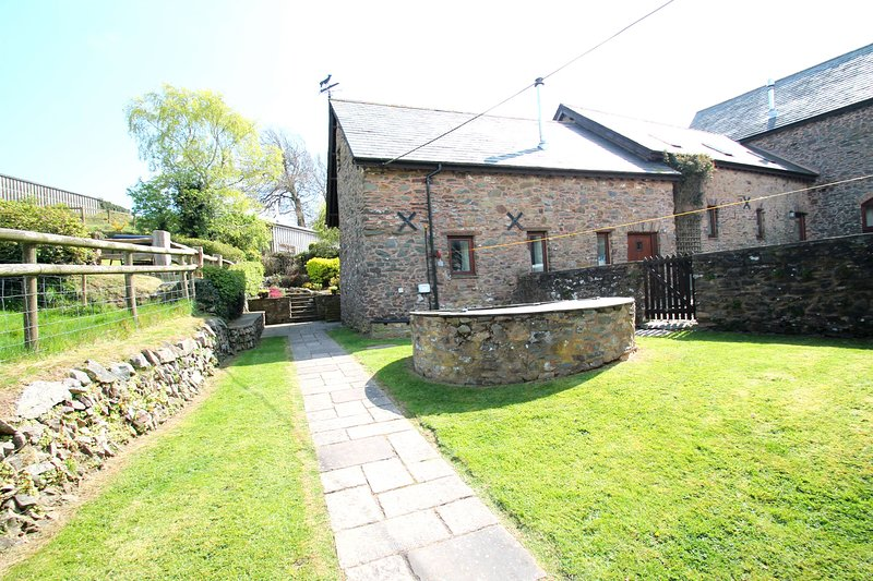 Yenworthy Mill, Countisbury - Yenworthy Mill sleeps 10 guests in a stunning loca, vacation rental in Exmoor National Park