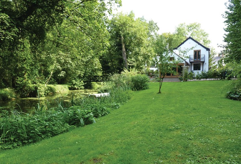 Riverside Cottage (Suffolk), Ferienwohnung in Pulham Market