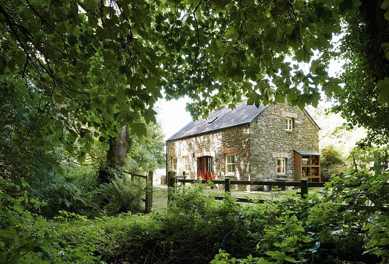 Cwm Bach, holiday rental in Dinas Cross