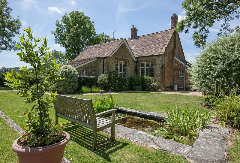 The Old School (Dorset), holiday rental in West Coker