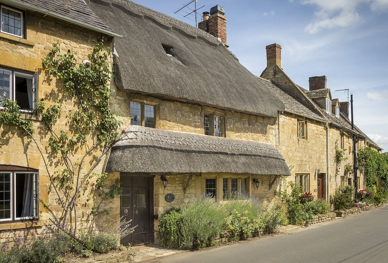 Inglenook Cottage, holiday rental in Paxford
