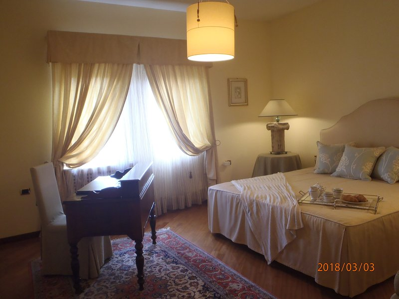 Home relax and Bed&breakfast in Olbia, holiday rental in Monti