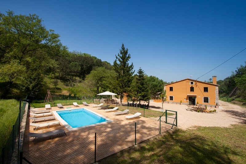 Can Dalemus - Turismo Rural, holiday rental in Vilobi d'Onyar