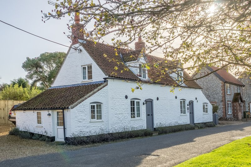 Church Cottage, holiday rental in Thornham