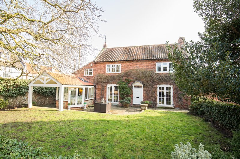 The Old Manor House, vacation rental in Titchwell
