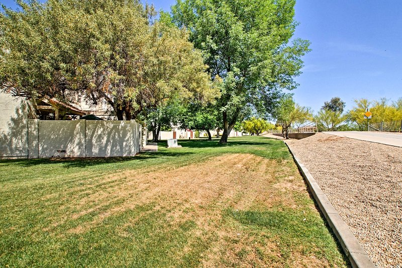 This home is located in the Scottsdale Silverado Golf Club!