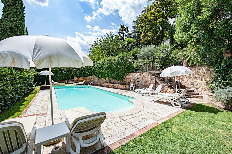 Sinalunga Apartment Sleeps 6 with Pool - 5490437, holiday rental in Scrofiano