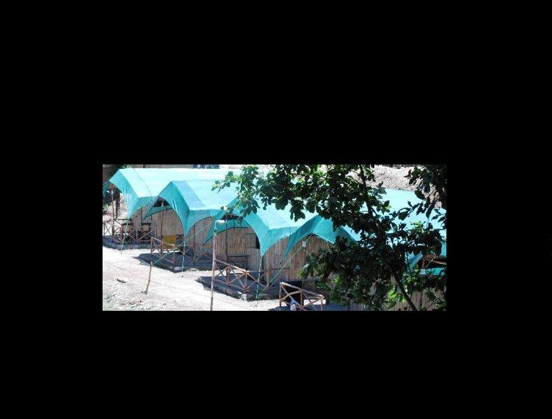 Mashobra Greens - Adventure Camp (Cottage 15), holiday rental in Mashobra