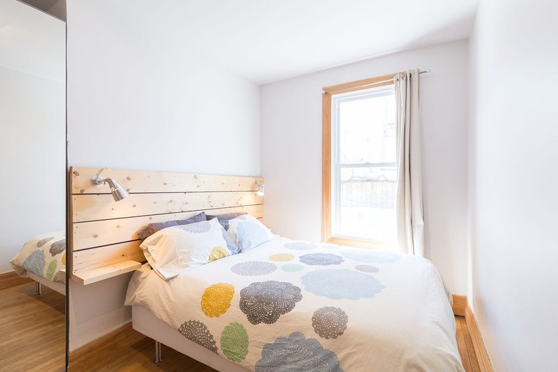 3 dormitorios en la planta baja: cama de matrimonio