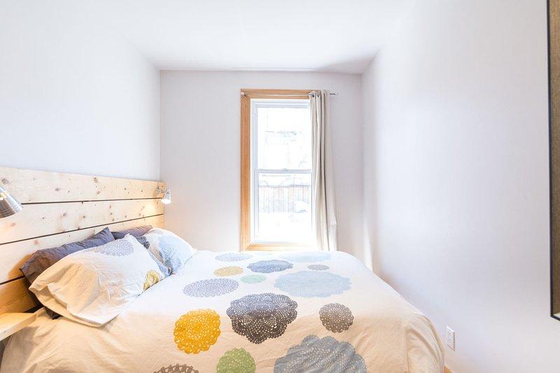 Dormitorio 3 con cama de matrimonio.