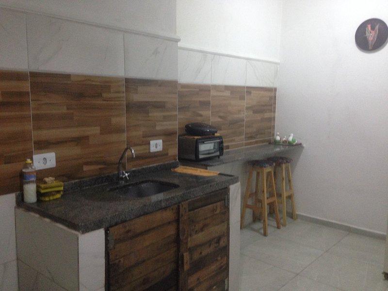 Casa Inteira na UFRPE - Dois Irmãos, holiday rental in Olinda