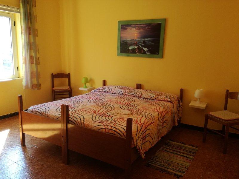 appartamento singolo, alquiler vacacional en San Priamo