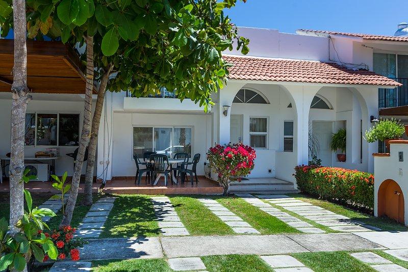 Casa Paloma by Kivoya, holiday rental in Nuevo Vallarta