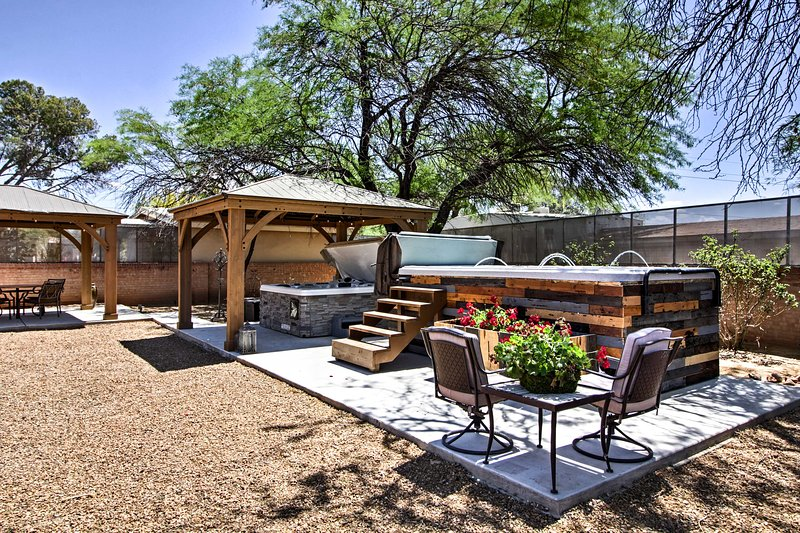 Exquisite Tucson Casita by Panto River Park Trail!, holiday rental in Tucson