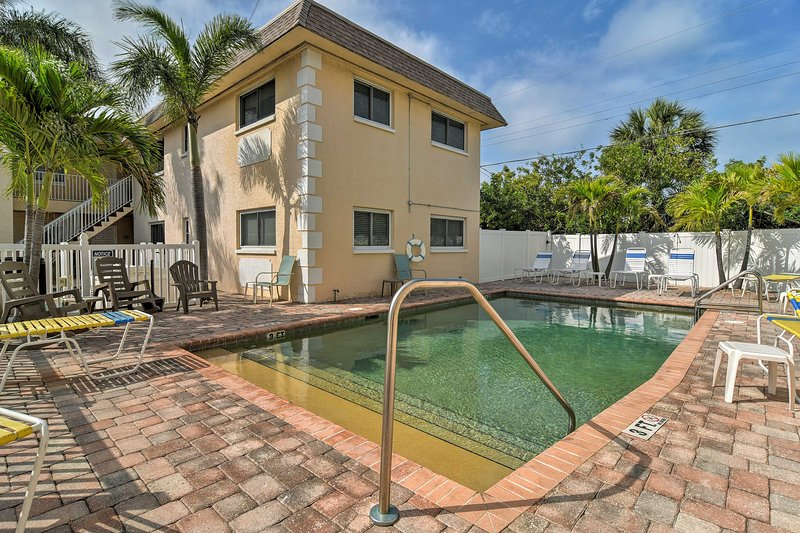 Découvrez St. Pete Beach 2 chambres, 2 salles de bains appartement de location de vacances.