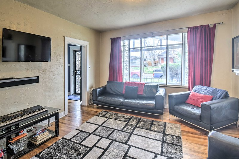 Pet-Friendly Denver Home w/Patio ~1Mi to City Park, holiday rental in Commerce City