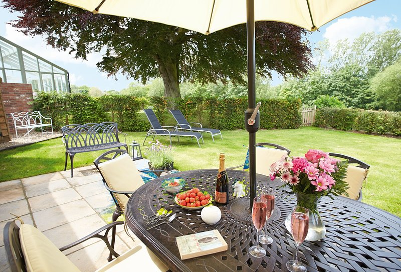 Corrie's Cottage, holiday rental in Walsingham