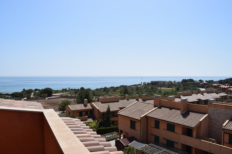 MSJ 87 Duplex Con Vistas al Mar, vacation rental in Calafat