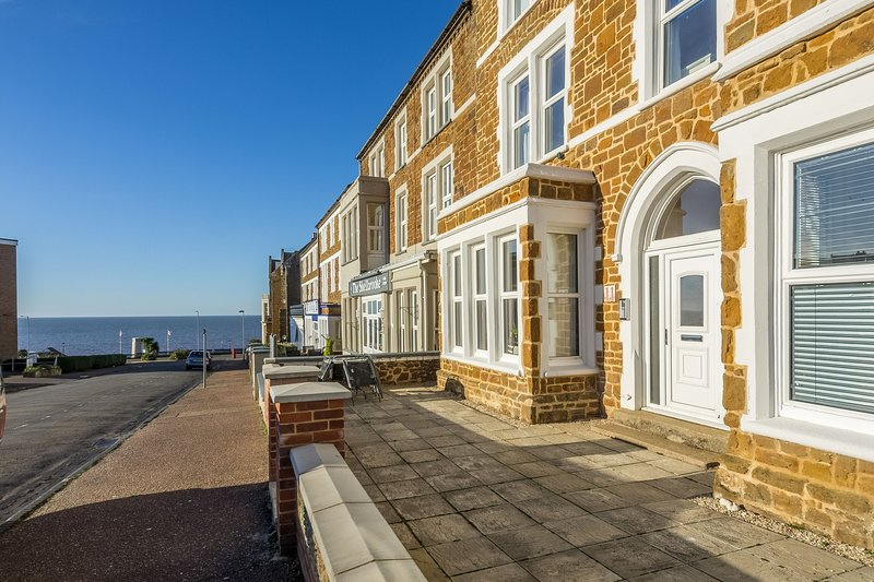Bay View Apartment, holiday rental in Hunstanton