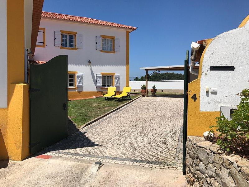 Amazing house with sea view & Wifi, alquiler de vacaciones en Santo Isidoro