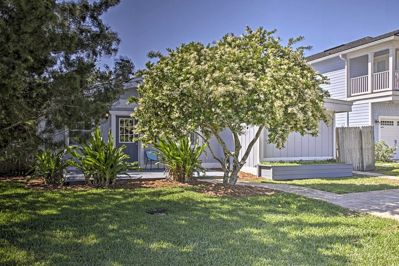 This Jacksonville Beach home is the perfect Florida home base!