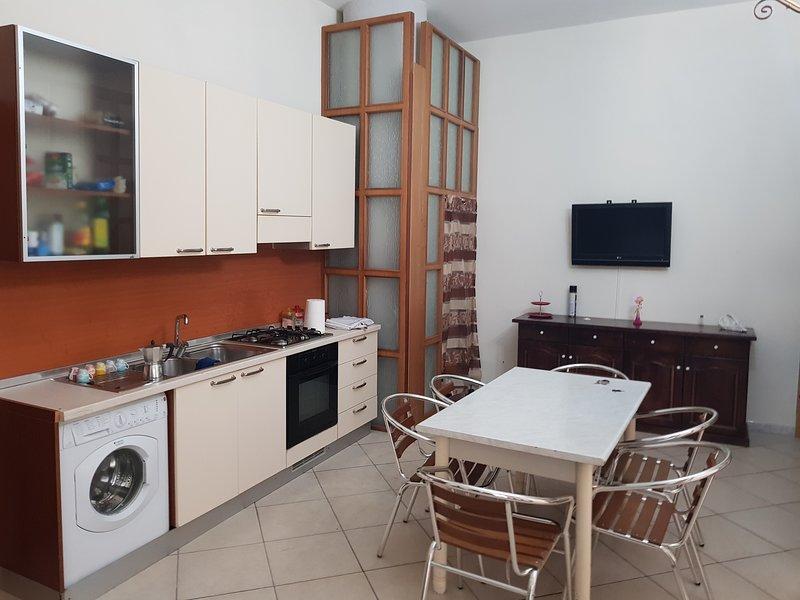 Casa vacanza 3 posti letto, vacation rental in Arienzo