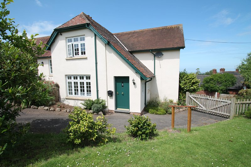 Coach House, Old Cleeve - Converted former Coach House sleeps up to 4 guests, holiday rental in Monksilver