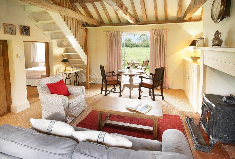 Acorn Cottage, holiday rental in Banningham